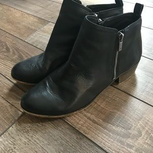 Lucky Brand Basal black ankle boot size 10